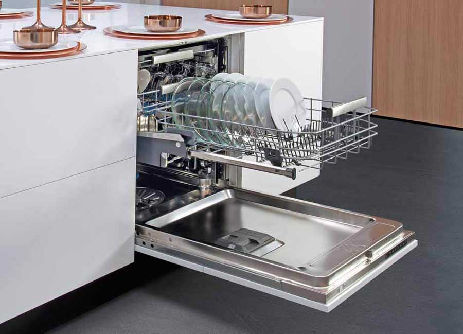 Hettich rewarded with the Electrolux Supplier Innovation Award  231