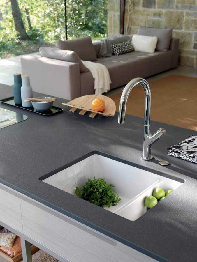 A kitchen totally designed by Franke: from the sink to the tailor-made worktop 1