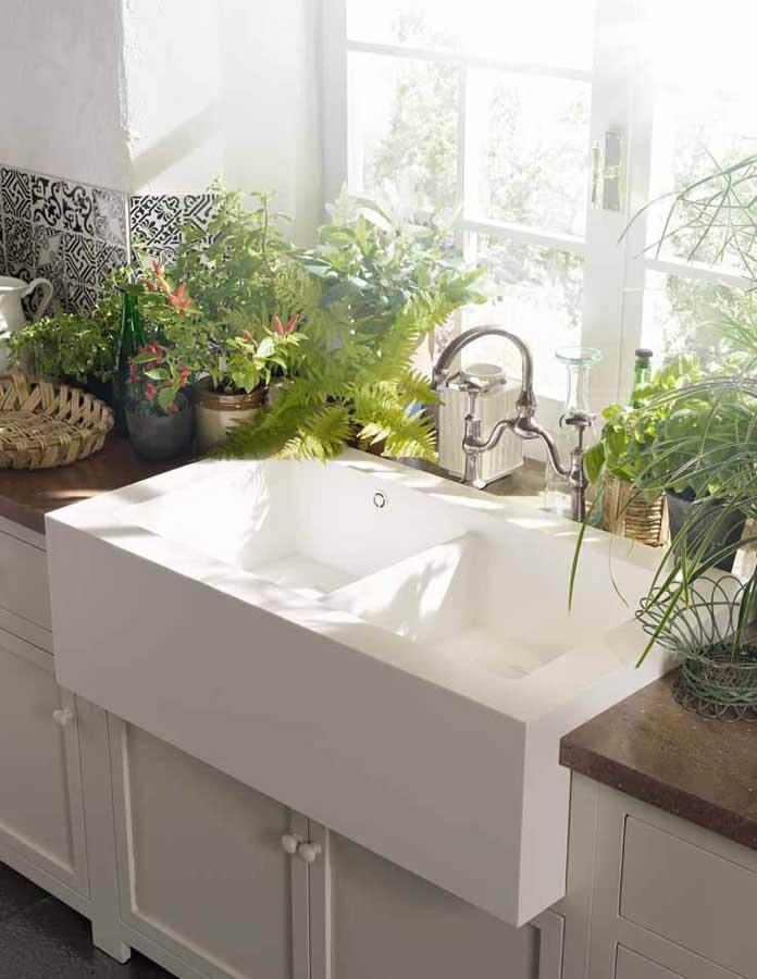 La nuova collezione di lavelli per l'ambiente cucina DuPont™ Corian® 1