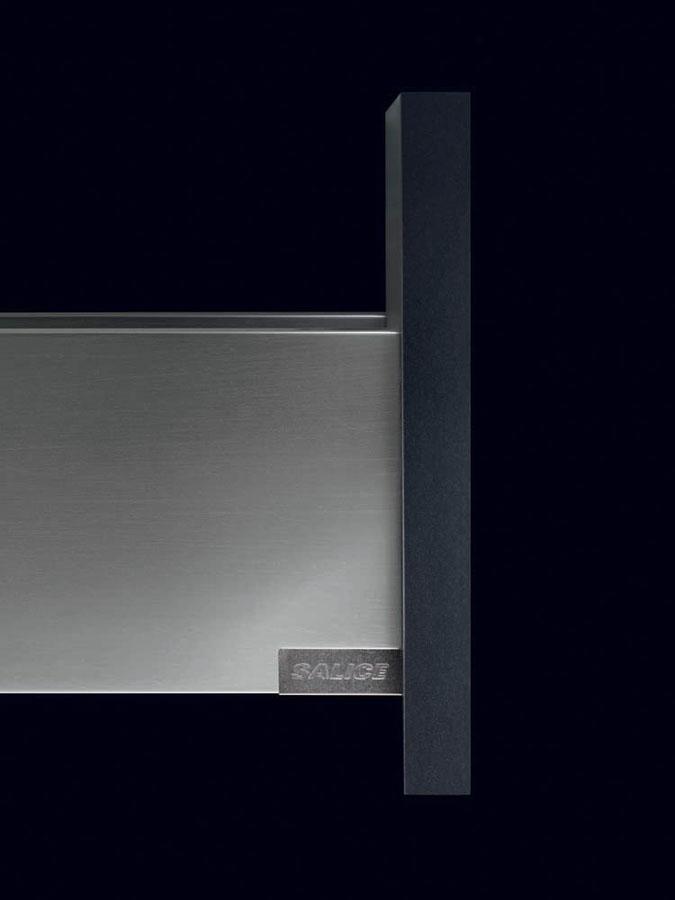 Lineabox: il nuovo cassetto metallico di Salice  1