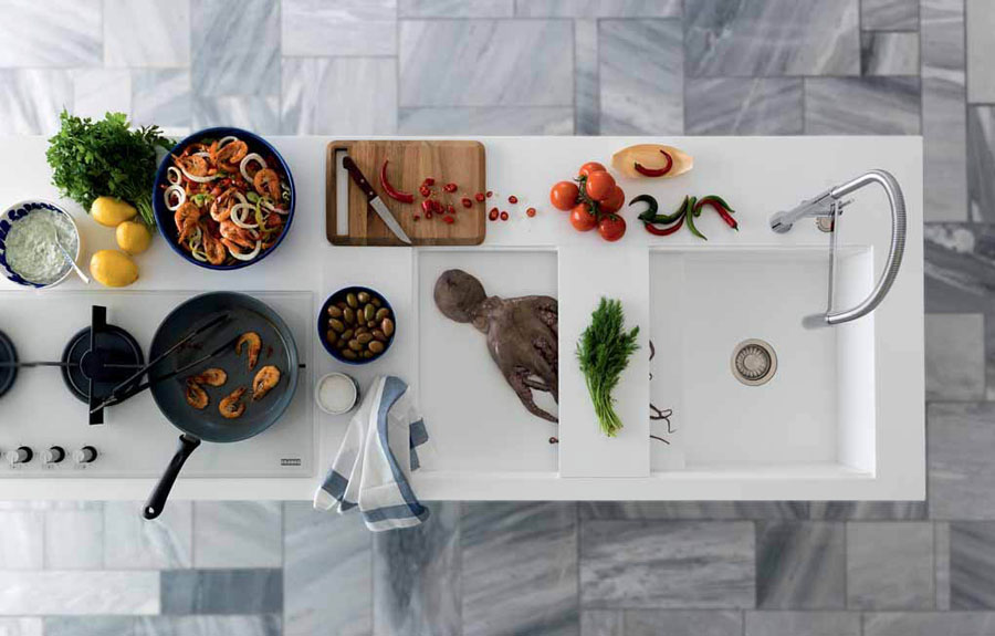 A kitchen totally designed by Franke: from the sink to the tailor-made worktop 2