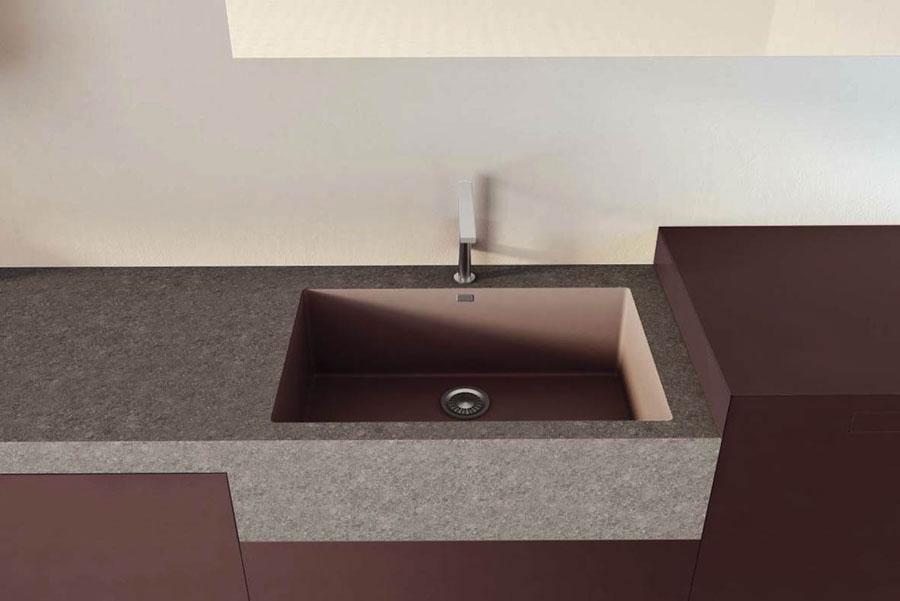 Stone Italiana e Lago Kitchen propongono Monolito 2