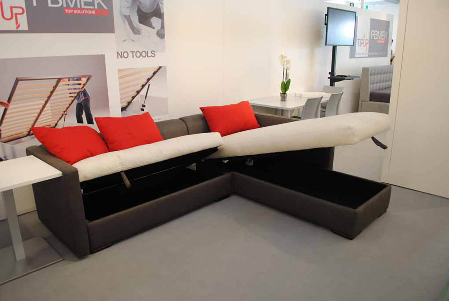 TipUp system also lifts sofas and chaise longue