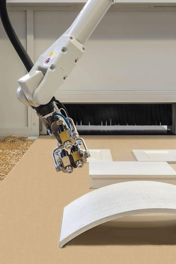 Cefla Finishing Group presenta la spruzzatrice Easy e il robot antropomorfo iGiotto App  0