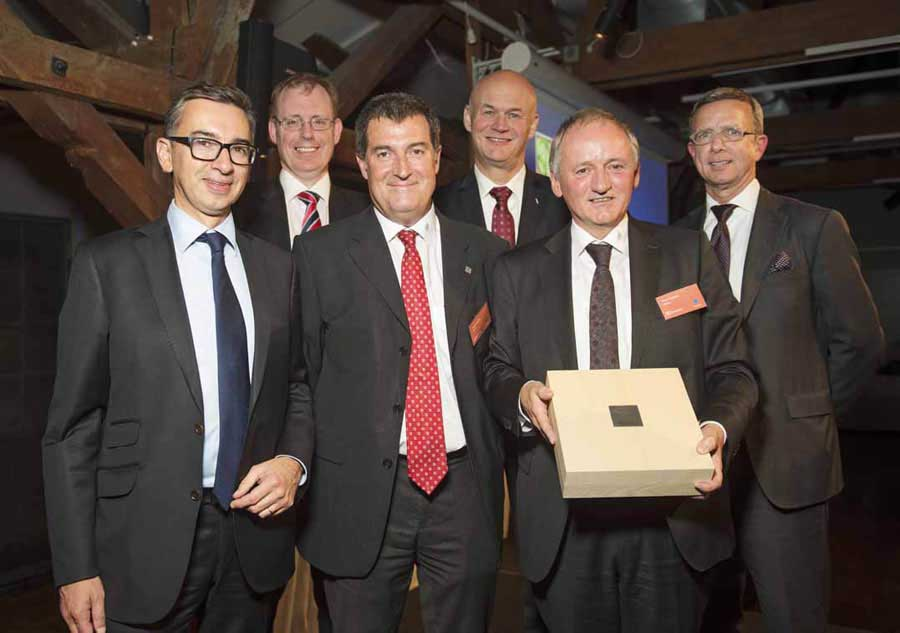 Hettich rewarded with the Electrolux Supplier Innovation Award  0