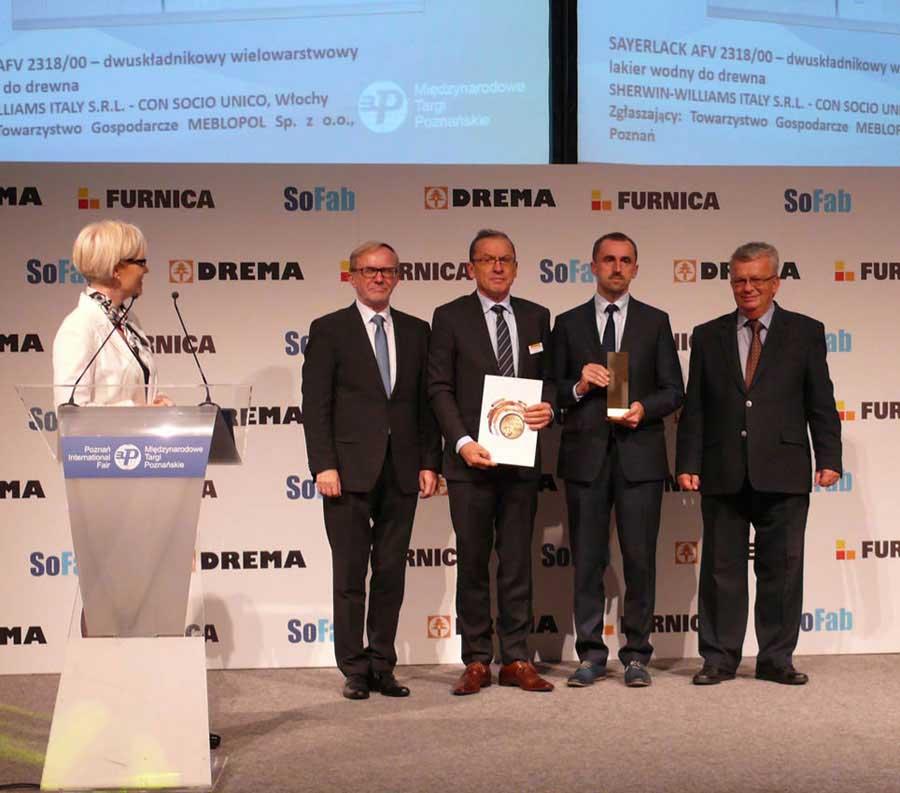 Il fondo-finitura all'acqua Sayerlack AFV 2318/00 premiato con la medaglia d'oro alla Drema 2015