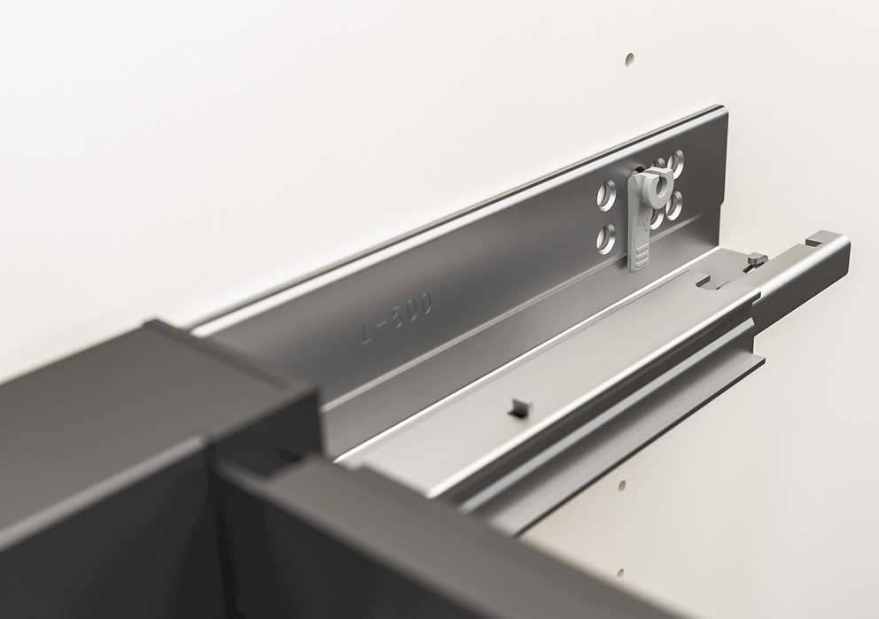 Easy Storage, il sistema di Häfele per l'organizzazione di armadi e cassetti