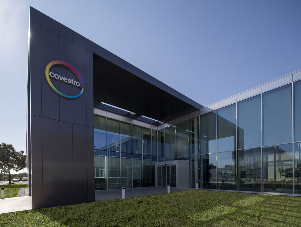 Inauguration of the new Italian headquarters of Covestro in Filago