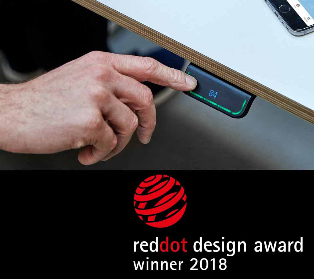 El panel LINAK DPG1C galardonado con el Red Dot Design Award 2018