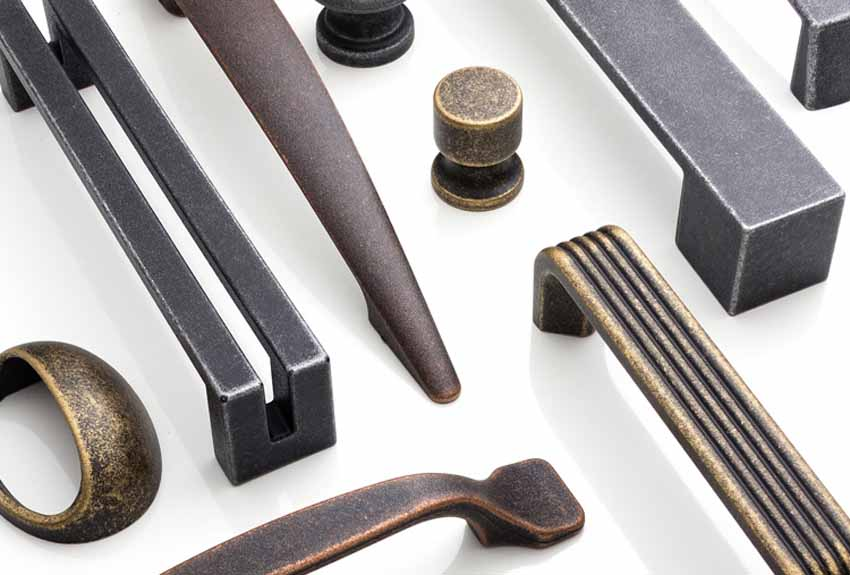 Poliplast: knobs and handles for plastic furniture