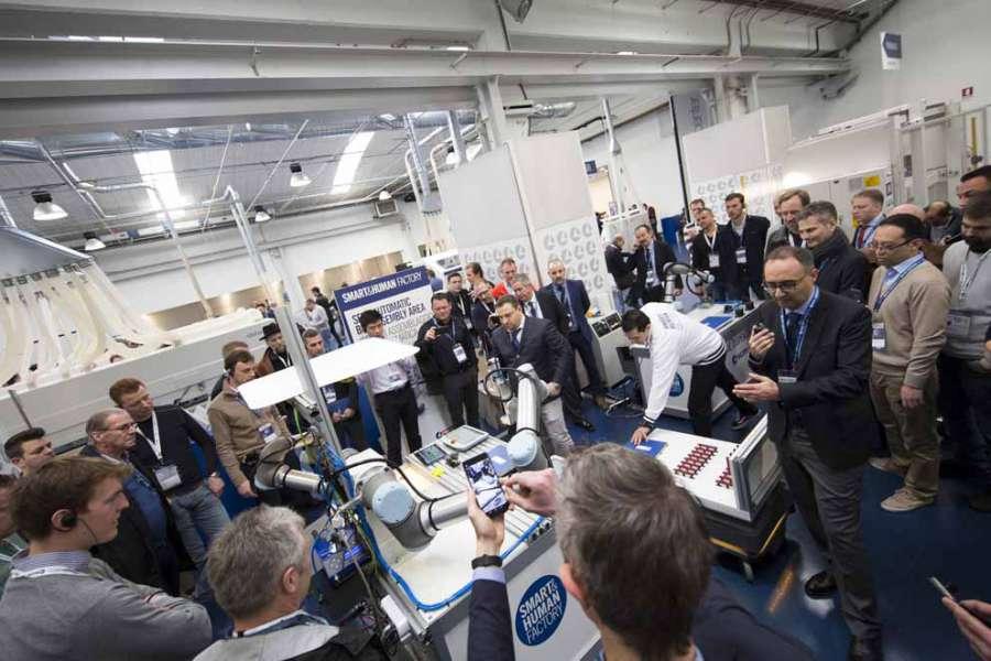 Numerosi visitatori alla Smart&Human Factory di SCM Group