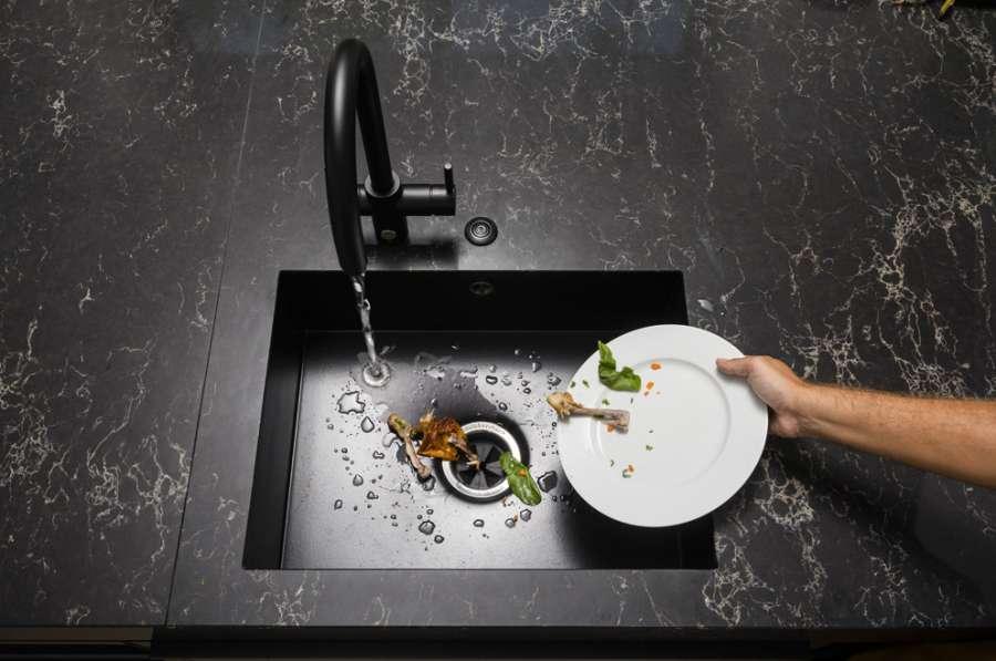 Il dissipatore alimentare InSinkErator festeggia 80 anni di innovazione 0