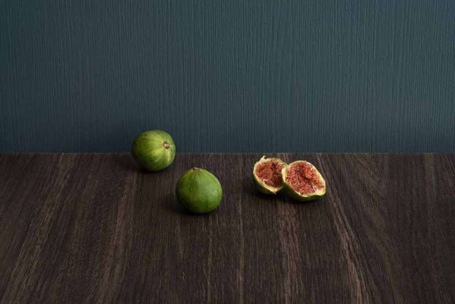 Diplos: a collection that combines laminate hpl with melamine faced panels 0