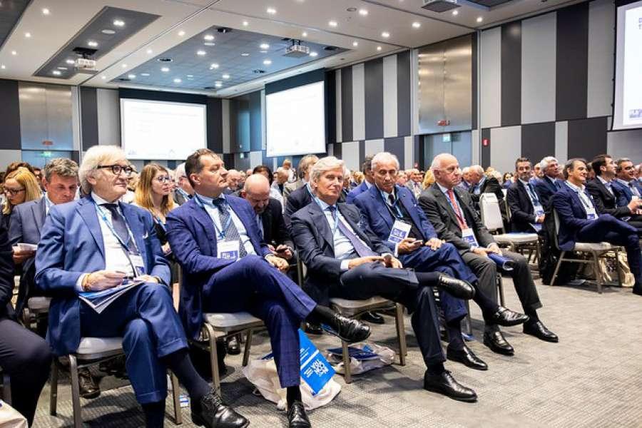Oltre 200 imprenditori e operatori all'Assemblea Generale di Federlegno Arredo 0