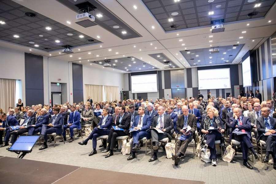 Oltre 200 imprenditori e operatori all'Assemblea Generale di Federlegno Arredo 1