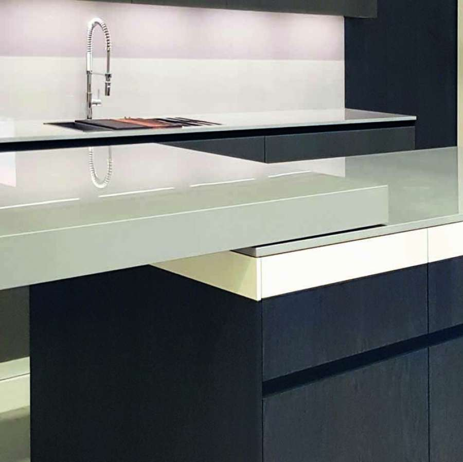 Peko 4300 by Omge: a sliding kitchen top guide with invisible mechanics 0