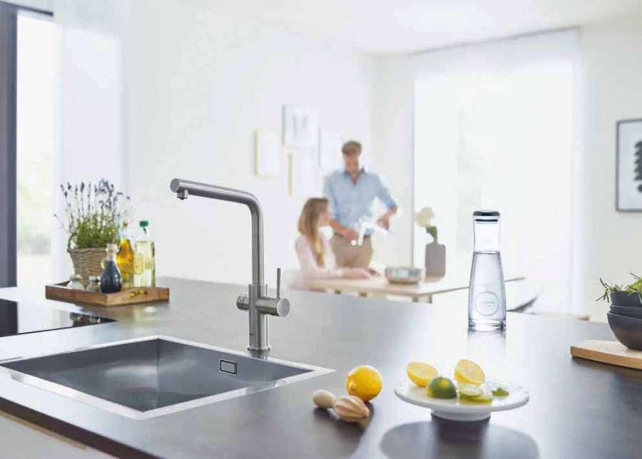Sistema Grohe Blue Home: un miscelatore dal design senza tempo e un sofisticato distributore d'acqua