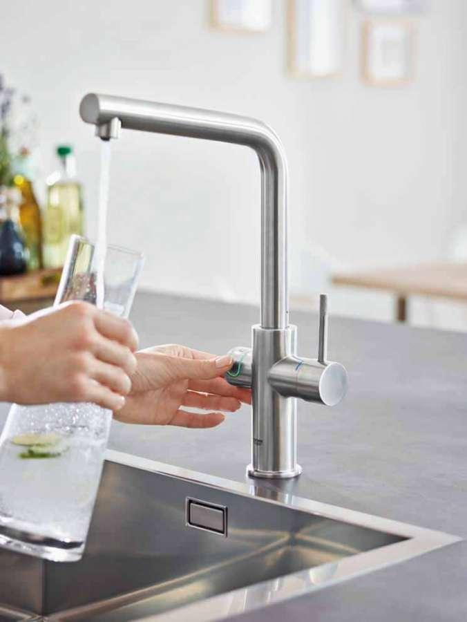Grohe Blue Home: si sceglie l'effervescenza dell'acqua premendo un pulsante