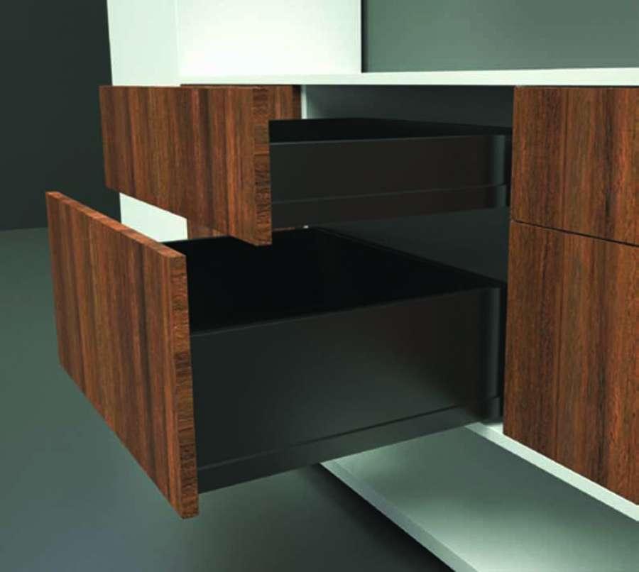 Il sistema per cassetti Ten2 di FGV si caratterizza per il suo design elegante