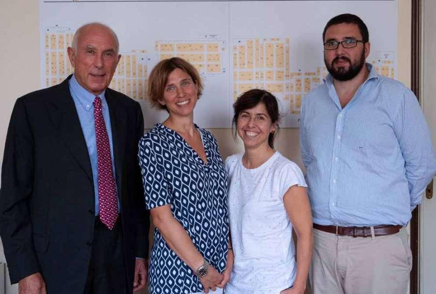 Carlo Giobbi con el staff de Sicam