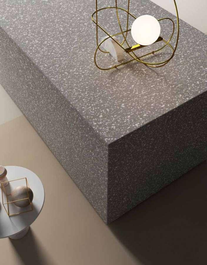 Solid Surface HI-MACS, Graue Terrasse, Detail