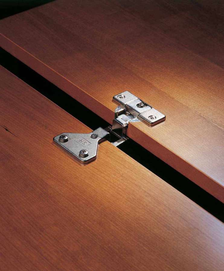 System Holz furniture hinges: quality and reliability 0