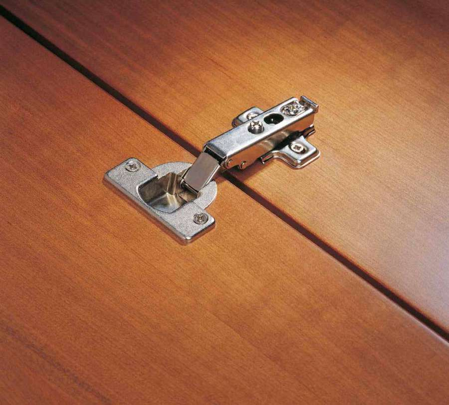 System Holz furniture hinges: quality and reliability 1