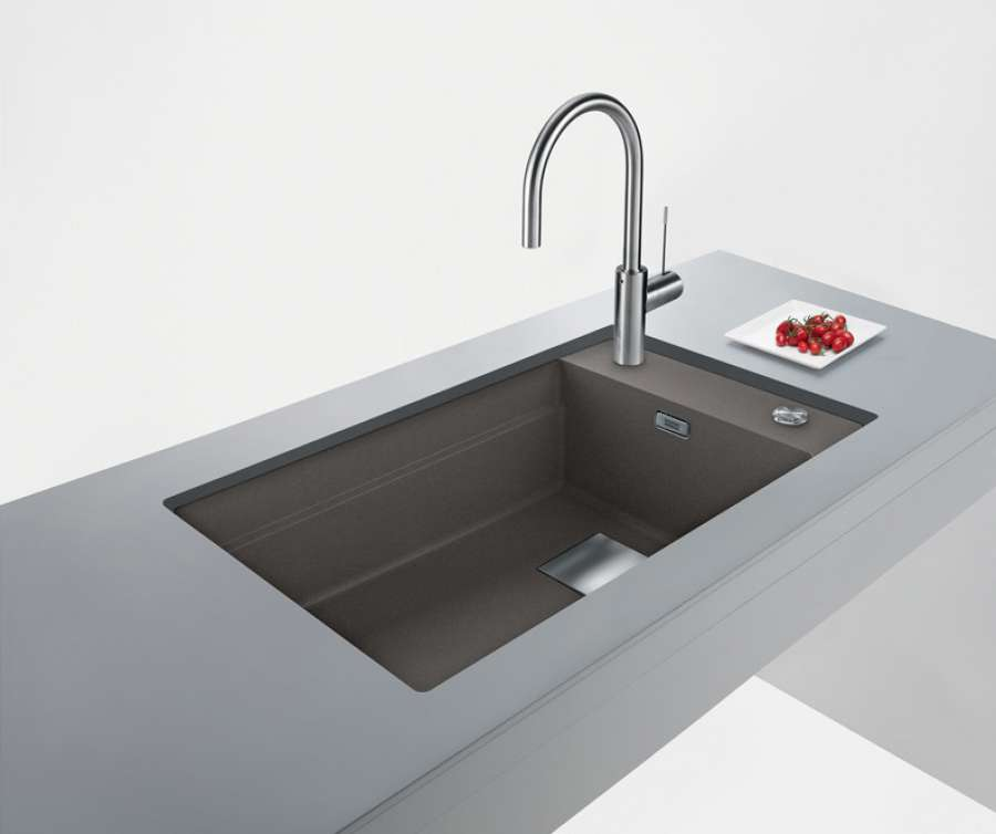 The super metallic colour collection for Franke Fragranite sinks 1