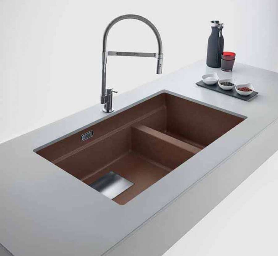 The super metallic colour collection for Franke Fragranite sinks 0