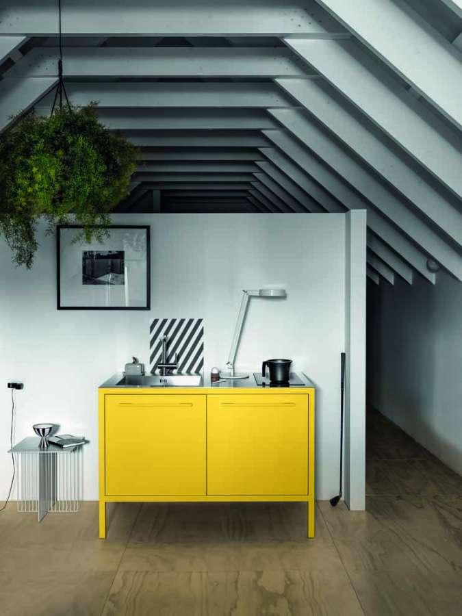 Frame Kitchen yellow di Fantin