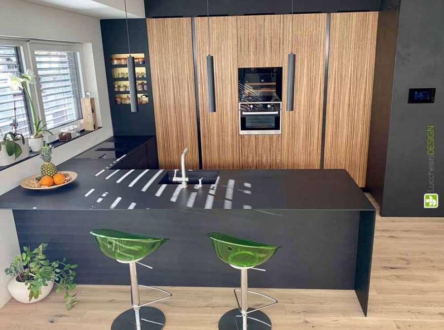 Il materiale ecologico PaperStone® utilizzato per il top cucina