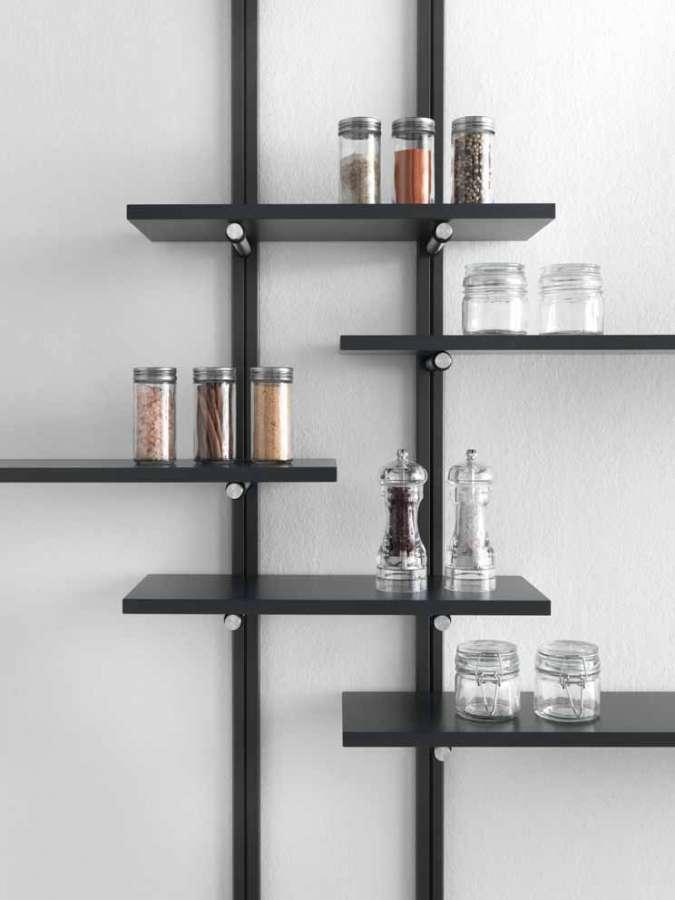 Il sistema per la disposizione di elementi Pin Shelf di Salice