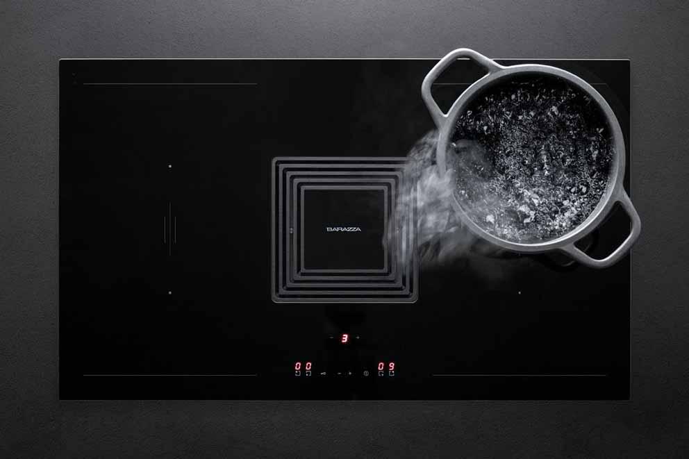 Cocina de inducción Zero con capucha integrada de Barazza: funcionalidad y diseño