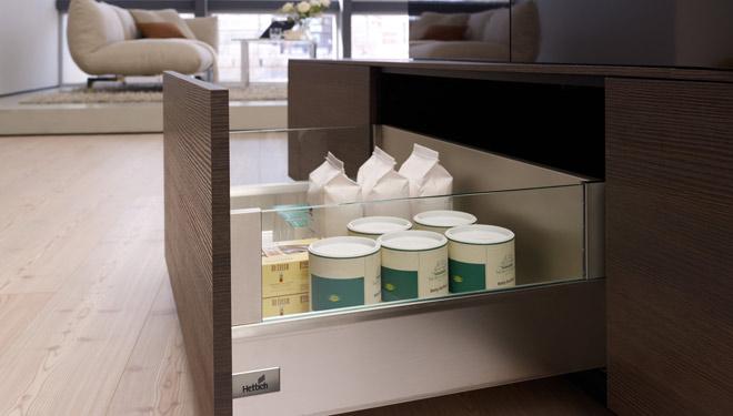 Hettich italia accessoires de cuisine quincaillerie pour - Quincaillerie meuble cuisine ...
